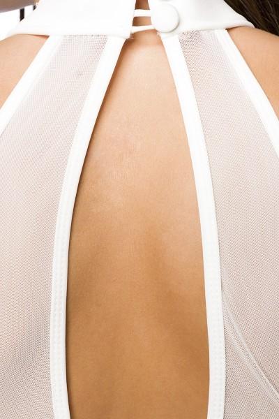 Weißes Neckholder Sommerkleid mit ausgestelltem Rockteil und tiefem Ausschnitt vorn und hinten asymm