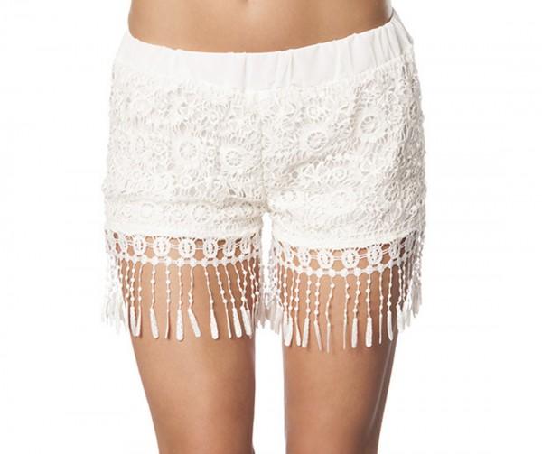 Damen Häkel-Shorts in weiß mit Gummibund und Fransen kurze Hose luftig