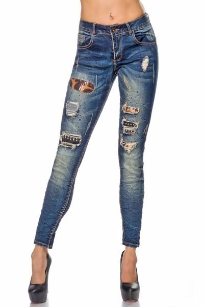 Blaue Damen Jeans mit Strass und aufgesetzten Gesäßtaschen Five-Pocket-Style im Knitter Look