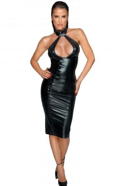 Schwarzes Neckholder Abendkleid aus wetlook Material geschlitzt rückenfrei mit Dekolletee und Reißve