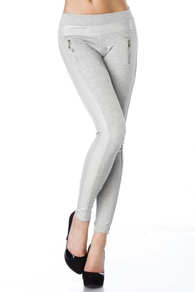 Graue Stoffhose mit Kunstledereinsätzen und Reißverschlüssen formende Wetlook Leggings