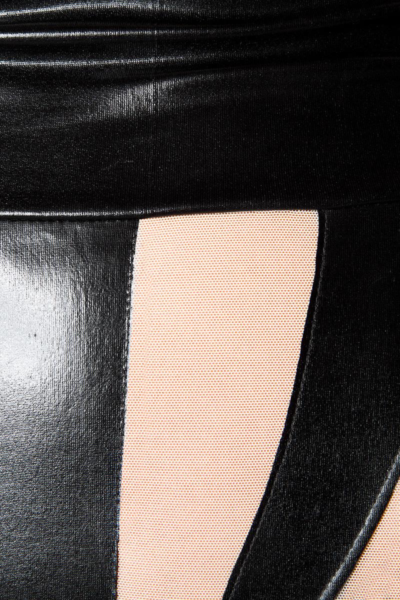 reputable site 996ba 4763d Wetlook Straps Body mit Netzeinsätzen und Strümpfen in schwarz weiß glänzend