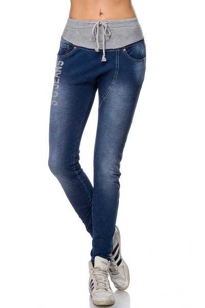 Blaue Damen Jogginghose in Jeansoptik mit tiefem Schnitt und Gesäßtaschen aus Baumwolle