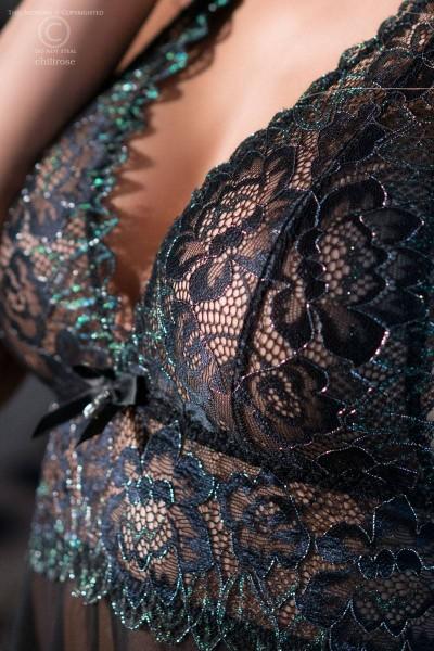 Damen Dessous Reizwäsche Set Neckholder Negligee schwarz aus Spitze transparent mit String