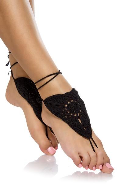Schwarze Damen Häkelgamaschen zum binden mit Zehenschlaufe und geflochtene Bändchen